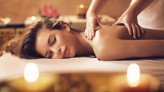 12 Best Oils for massage during Winter